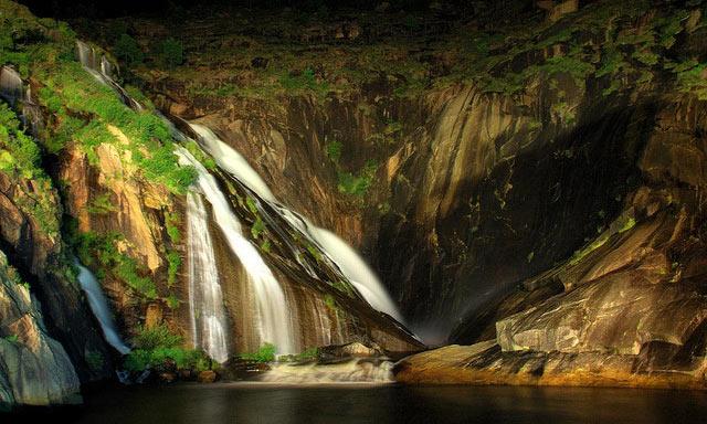 cascada galicia
