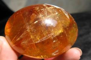 piedras color naranja