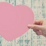 Dar brinda felicidad, pero también tenemos derecho a recibir