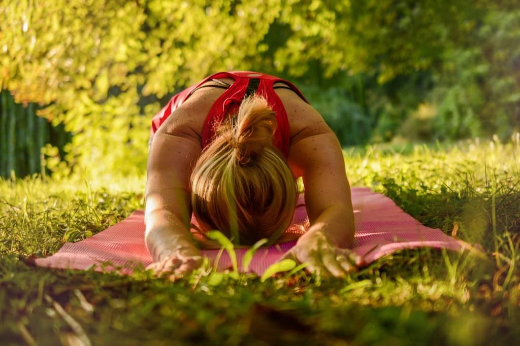 Armoniza tu energía con el yoga