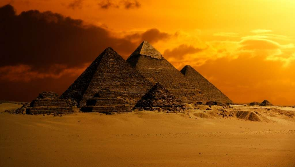 Egito. Guiza - pirâmides